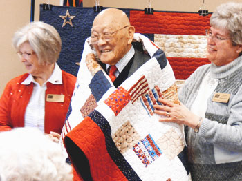 Pacific Springs Resident Receives Quilt of Valor